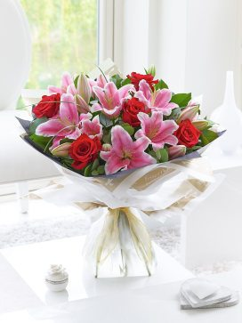 large valentines rose and lily ht