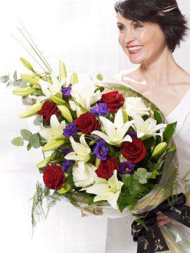 vivid-elegance-presentation-bouquet