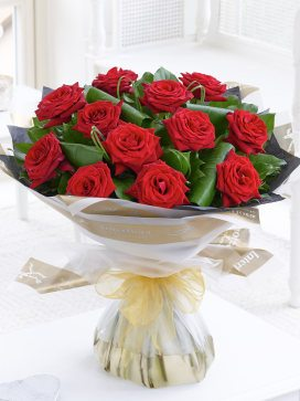 luxury red rose ht
